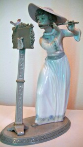 Lladro lady at music stand